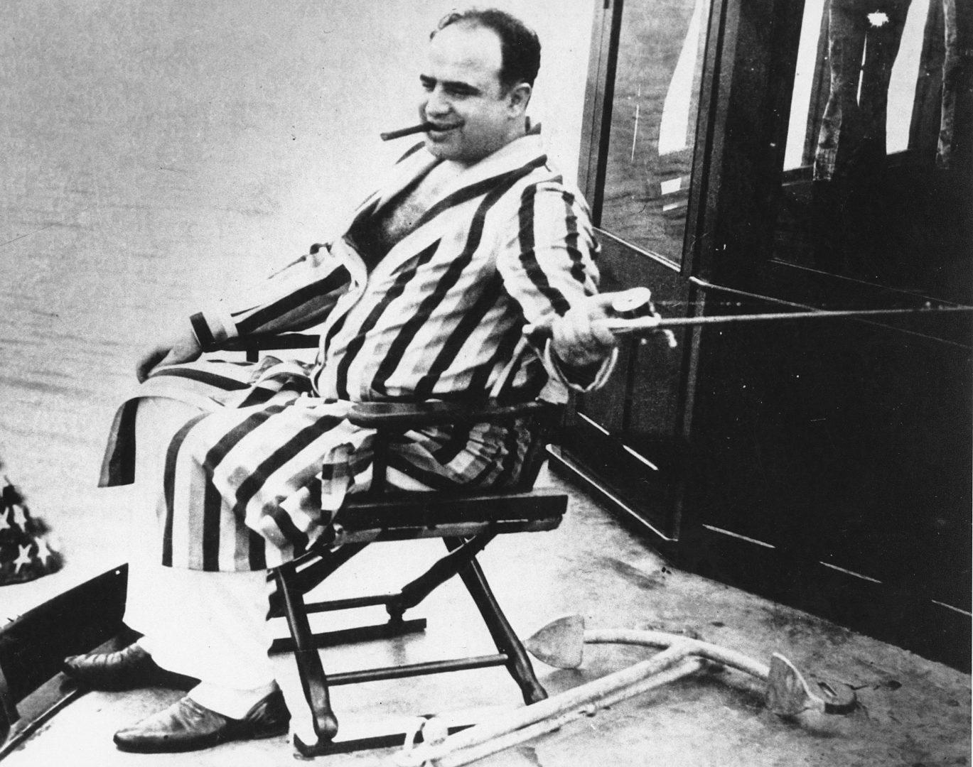 Это сломало босса мафии. Почему Аль Капоне в тюрьме стал уборщиком — WAS